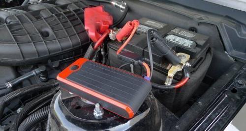 Powerall 600A 16,000 V6 Jump Starter Power LED Flashlight Case